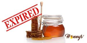 Does honey expire? Do I need to get a new bottle? Learn more about the shelf-life of honey and what are the factors that can make it bad.